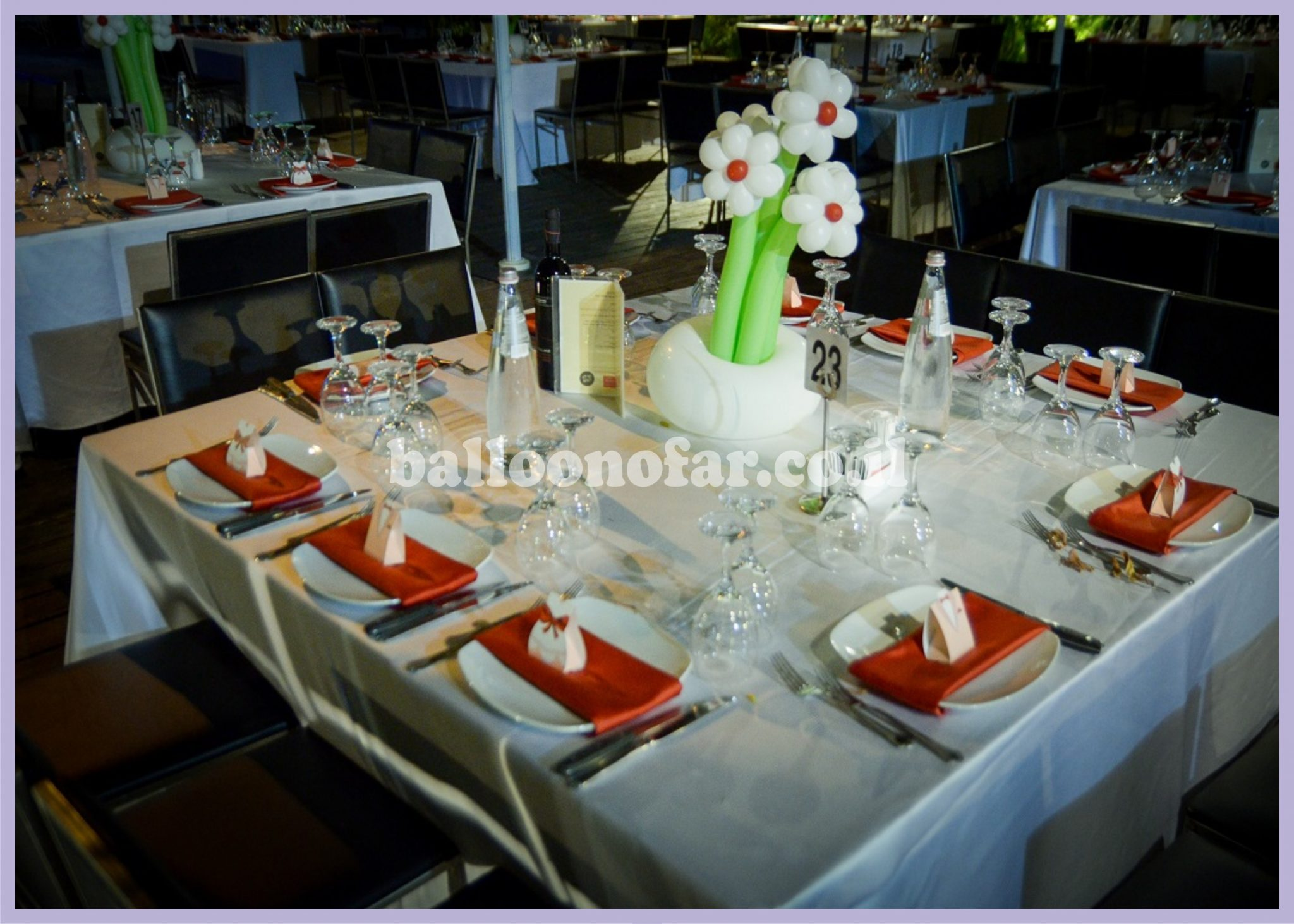 מרכז שולחן חתונות - זר פרחים