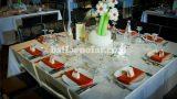 שולחן חתונות - זר פרחים